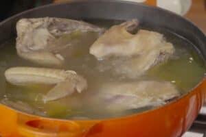 caldo de gallina coccion
