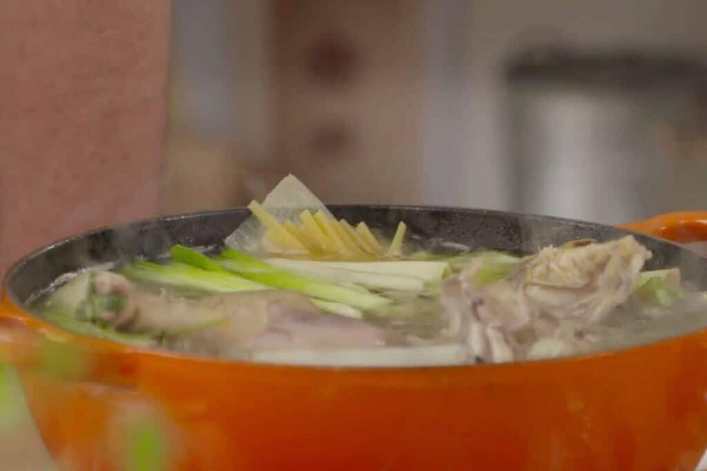 caldo de gallina receta